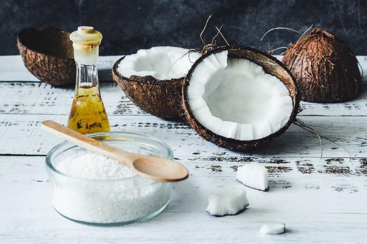 óleo de coco ou azeite